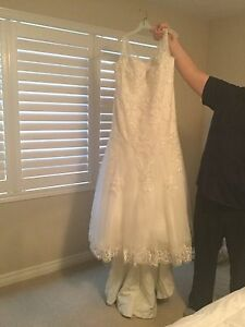 Light Ivory wedding dress