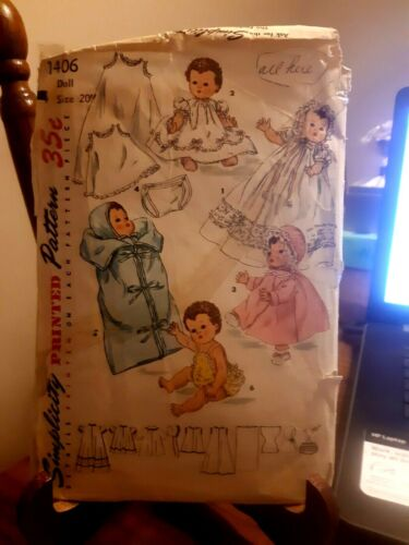 Vintage Simplicity Sewing Pattern 1406 Doll Wardrobe Betsy Wetsy, Copyright 1955