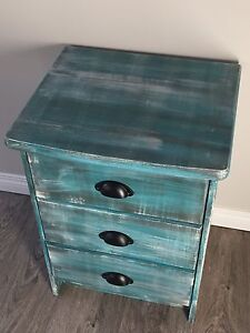 3 Drawer Nightstand -Solid Wood