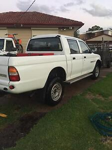2000 Mitsubishi Triton Ute Raymond Terrace Port Stephens Area Preview