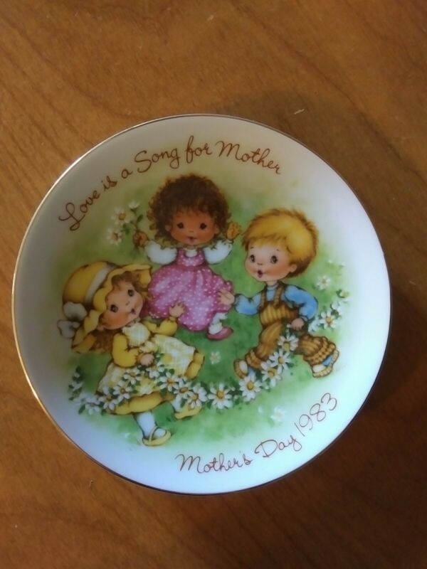 Avon Special Memories Plate Mothers Day 1983