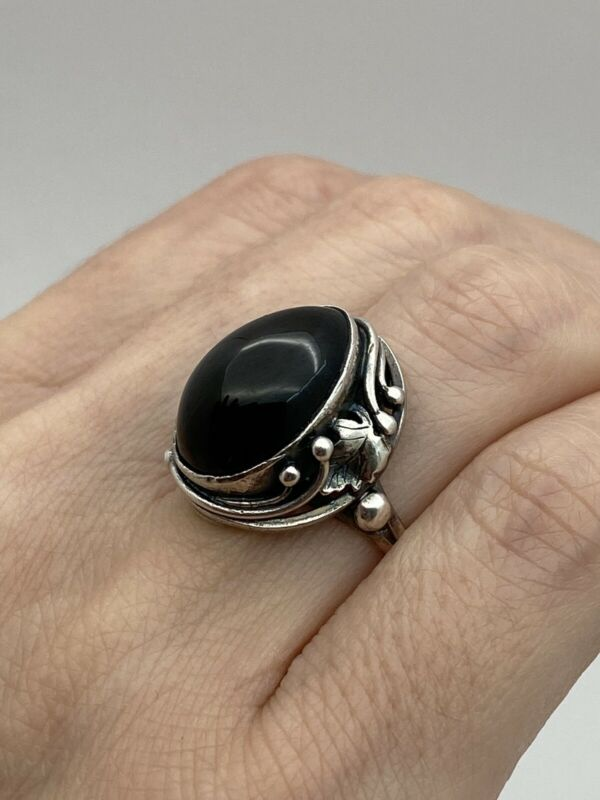925 vintage sterling silver Black Natural Onyx Stone Ring Size 7.75