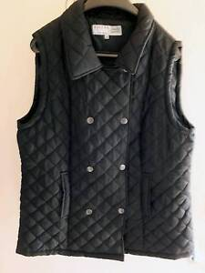 Ladies size 18 Black puffer vest Nowra Nowra-Bomaderry Preview