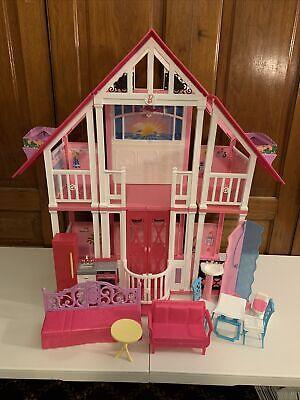 Rare Barbie Malibu Dream House Play Set 2010 w/ Furniture