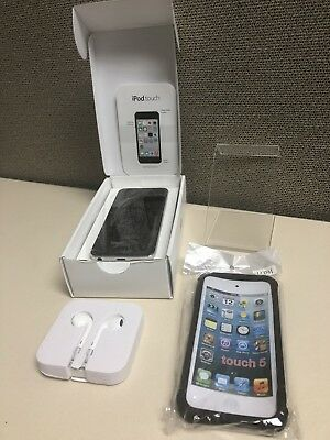 BUNDLE **Apple iPod touch 5th Generation Silver/Black (16 GB) Plus Accessories!!