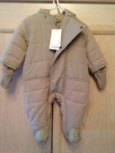 Mexx Brand infant snowsuit size 6 to 9 months NWT