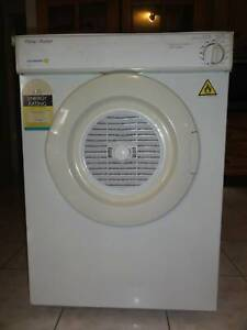 Clothes dryer- Fisher and Paykel Dual Care