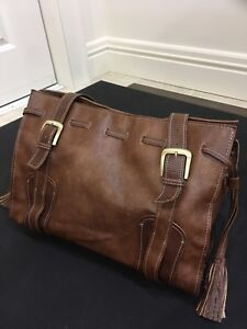 Tommy Hilfiger bag / purse