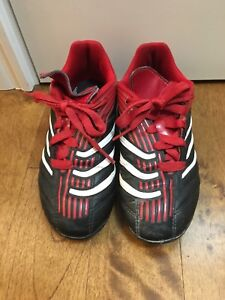 Size 11, 12 & 13 youth / kids' soccer cleats