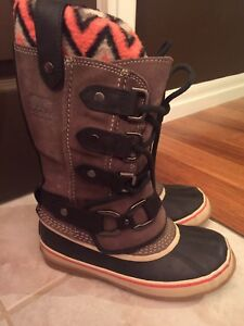 Sorel Joan of Ark size 6 Brand New Limited