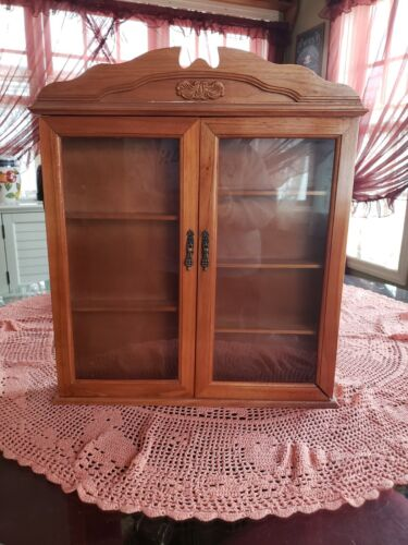 VINTAGE WOOD & GLASS WALL OR SELF STANDING CURIO CABINET / DISPLAY CASE