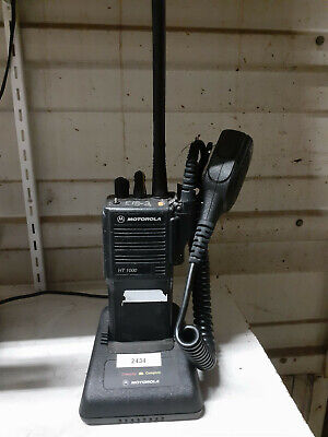 Motorola Ht1000 Portable Vhf 16 Channel Radio With Battery Charger And Mic.