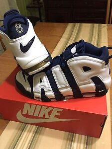 Air More Uptempo Size 9
