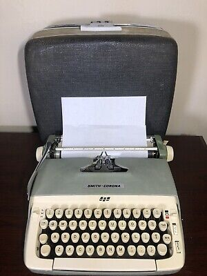 Vintage Smith Corona Galaxie Manual Typewriter With Case - Tested And Working