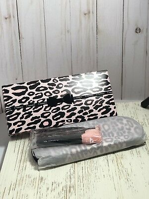 Used, MAC Perfectly Plush Makeup Brush Kit Advanced New In Box for sale  Shipping to Canada