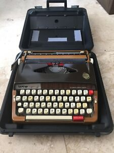 Vintage Brother Activator 889 Typewriter Made in Japan + Case