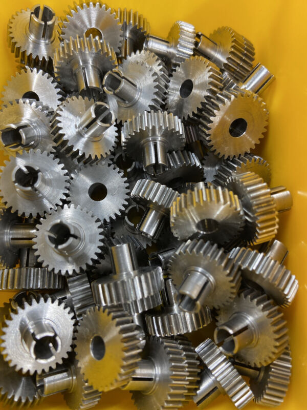 STAINLESS STEEL SPUR GEAR 48 PITCH 20 PA CLAMP HUB  30 TEETH  CLAMP INCLUDED !