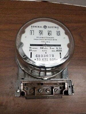Steampunk General Electric Ar265 Kilowatt Hour Meter 240 Volts 15 Amps - Glass