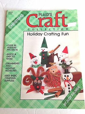 1986 PLAID'S CHRISTMAS CRAFTS #8092 HOLIDAY CRAFTING FUN PATTERN LEAFLET