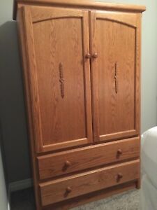 Solid Wood 4 Piece Bedroom Set