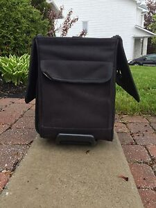 Large briefcase ( lawyer, teachers and others)