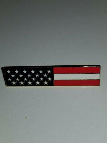 1 AMERICAN FLAG BAR COMMEMORATIVE PIN