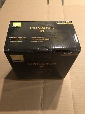 Nikon Monarch 7 Binoculars 8x42 - 7548 segunda mano  Embacar hacia Mexico