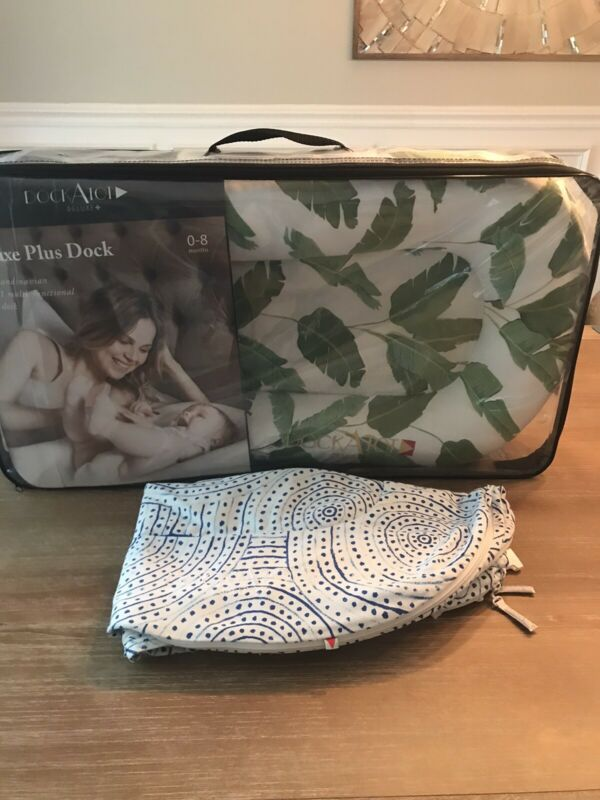 Dockatot Deluxe Plus w/Extra Cover! Banana Leaves and Cyclo Print