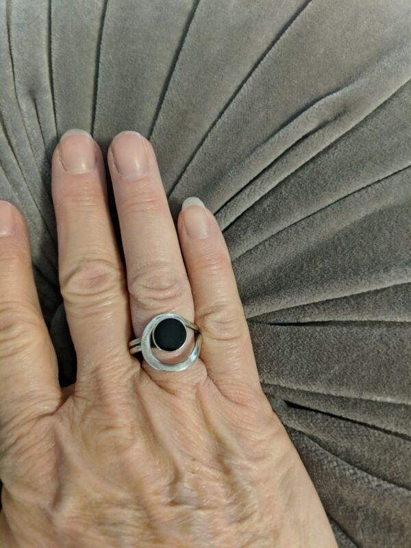 Vintage Mexico Sterling Silver Onyx Modernist Unusual Design Ring, Size 6.5