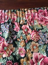 $50 FOR  5 PLEATED BLOCK OUT RING CURTAINS Warnbro Rockingham Area Preview
