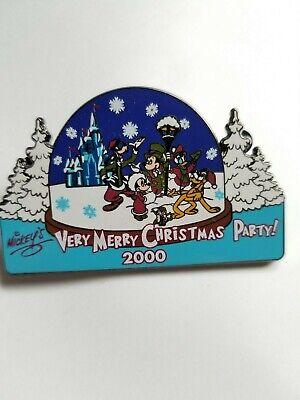Walt Disney World Mickey's Very Merry Christmas Party 2000 Snowglobe Limited Pin