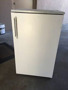 Old bar fridge worx fine $50 Mackay Mackay City Preview