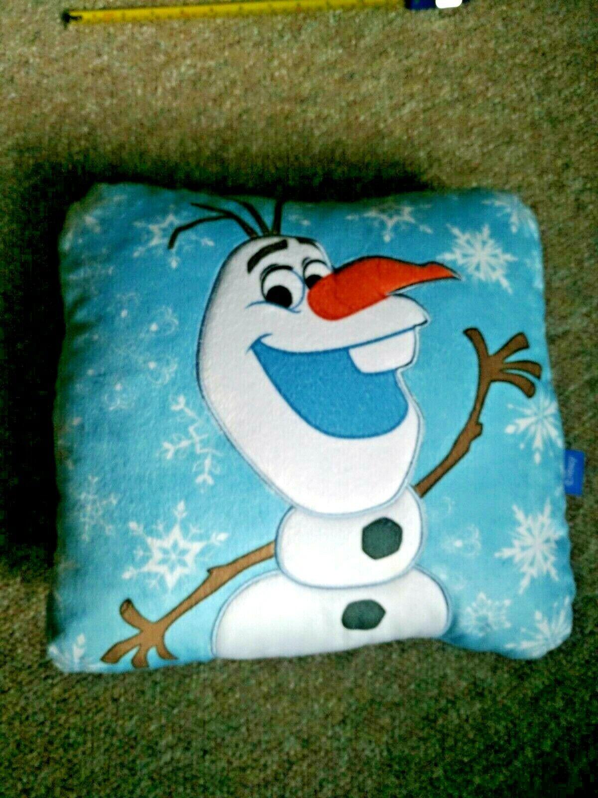 NWOT Disney FROZEN *OLAF* I LOVE WARM HUGS Blue Square Throw