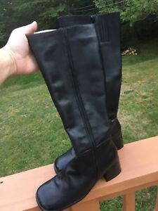Women's Size 8 leather boots