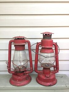 ANTIQUE INDUSTRIAL RED LANTERNS E. T WRIGHT VINTAGE DECOR