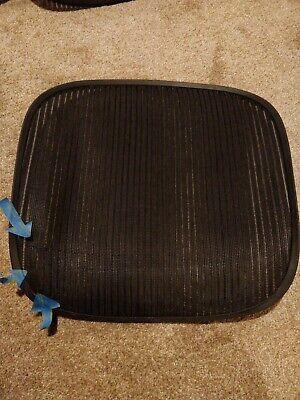 Herman Miller Aeron Chair Seat Mesh Black Pellicle W Blemish Size B Medium 121