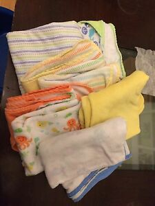 6 assorted baby towels