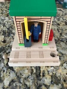 Conductor Shed Thomas Tank Engine Wooden Train