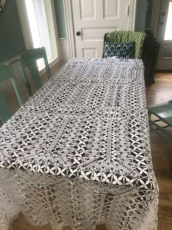 "Geometric antique White European Bobbin lace tablecloth linen ornate Design 104"""