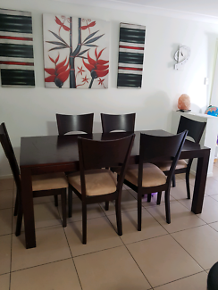 Big 6 seater dinning table