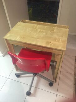 2x IKEA kids desk and chair