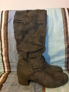 Ladies tall suede boots size 9