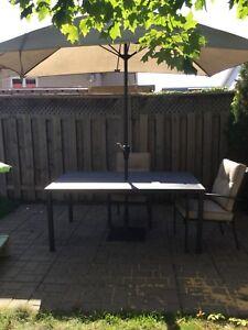 Super set de patio, table 6 chaises et parasol