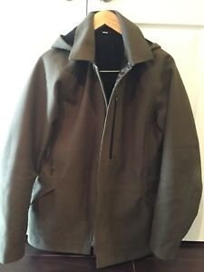 Men's Lululemon jacket size medium