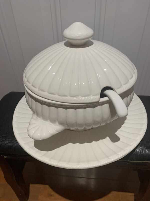 Italy Vintage White Soup Tureen With Ladle and Plate