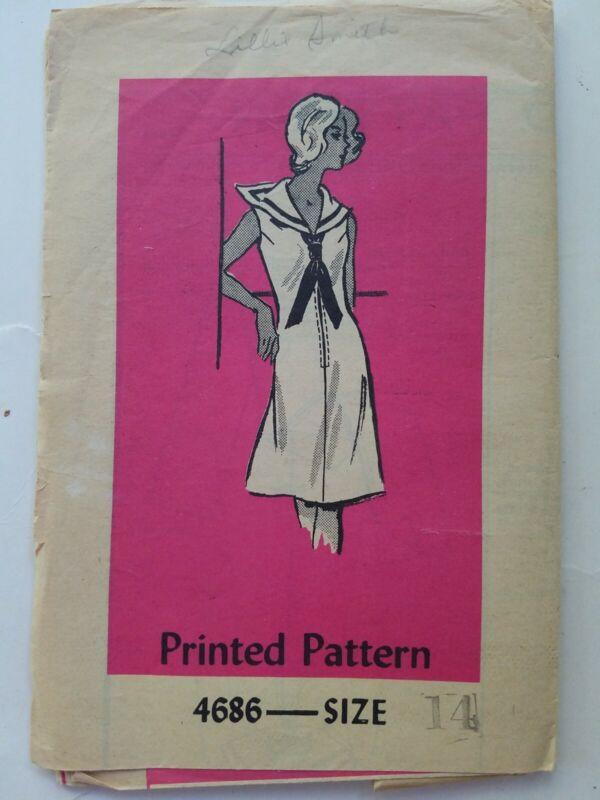 Vintage printed sewing pattern 4686 women