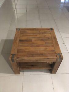 Silverwood Lamp Table