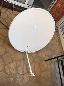 Damaged Caravan Satellite Dish, Cable,VAST or Foxtel Coffs Harbour Coffs Harbour City Preview