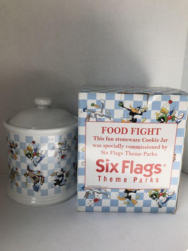 Vintage Looney Tunes Food Fight Cookie Jar Warner Bros Six Flags Barrel Ceramic