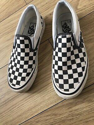 vans checkerboard slip on Size 6 Unisex EXCELLENT